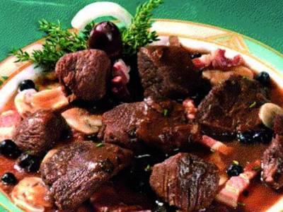 Veluwse jachtschotel met hertenvlees